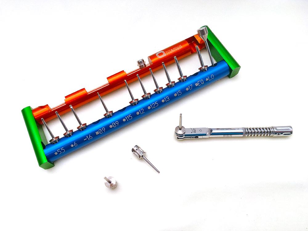 con lalta maniglia trasparente in PVC e S2 cacciavite dellacciaio Rod 4 pc//pacchetto Driver di Cacciavite Kit-U Tipo Cacciavite a forma di U